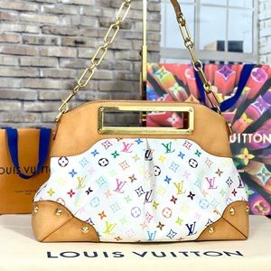 ✨AMAZING✨ Discontinued Louis Vuitton Shoulder Bag